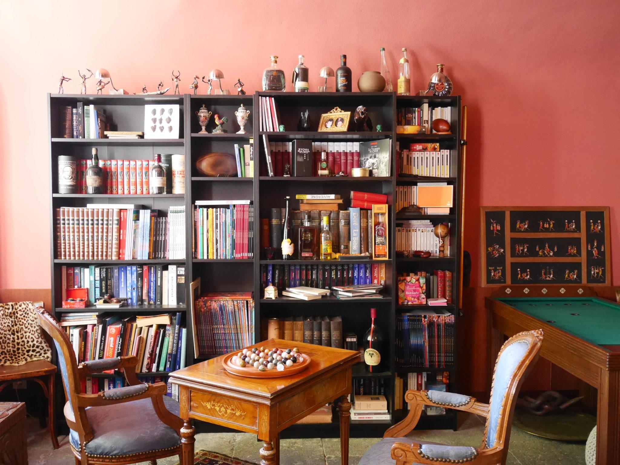 manoir la manantie salon anglais 2 puy d 39 id es fresh. Black Bedroom Furniture Sets. Home Design Ideas
